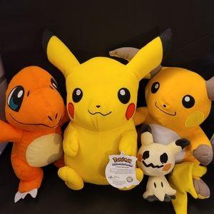 Gotta catches all 4 pokemon as bundle